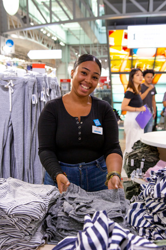 Gap Inc Expands Its Job Program For Opportunity Youth To